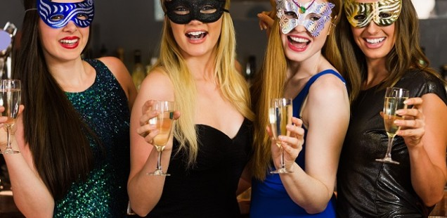 How to Organize an Amazing Swinger Party